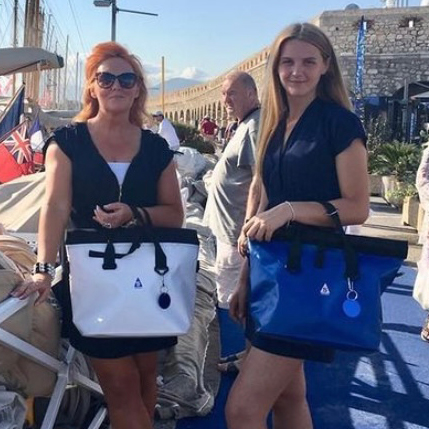 SACQUA Waterproof Handbag For Women On The Water