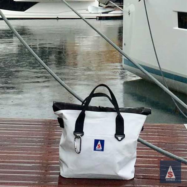 waterproof bags for sailing